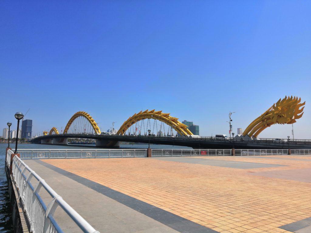 Pont du Dragon à Da Nang