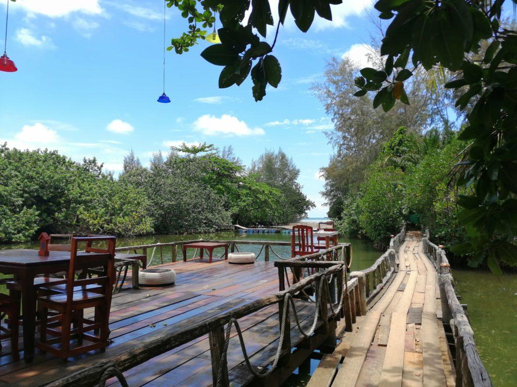 Chemin pour accéder à Klong Prao Beach