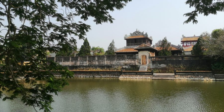 Jardin de la cité impériale à Hué